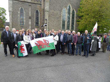 Choir outside Carlow Cathedral